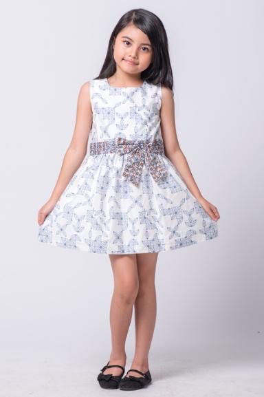 Desain Baju Batik Anak Modern - Inspirasi Desain Menarik