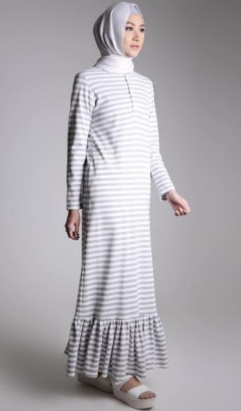Model Baju Gamis Garis Garis