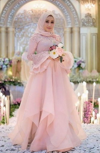 Model Gaun Pesta Kain Organza