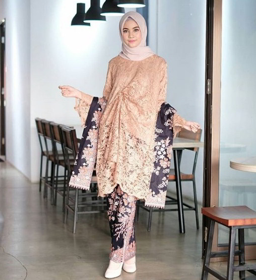 Model Hijab Brokat Gambar Islami Gratis